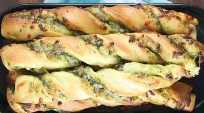 Cheesy Pesto Breadsticks - Recipe from MissintheKitchen #ad