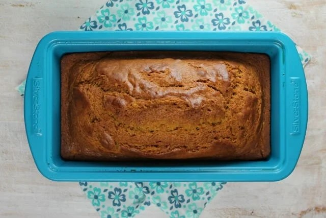 Easy Pumpkin Bread Recipe from MissintheKitchen.com