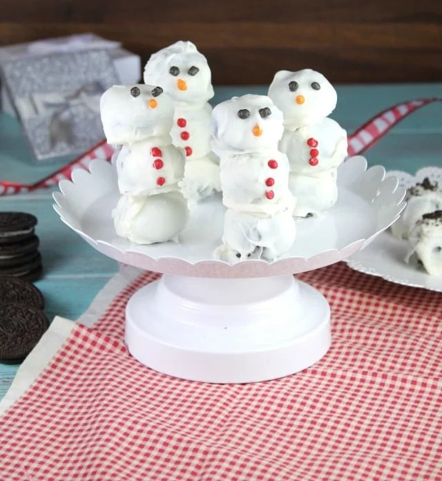 Oreo Cookie Ball Snowmen Miss In The Kitchen