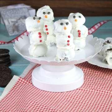 OREO Cookie Balls Snowmen ~ MissintheKitchen.com
