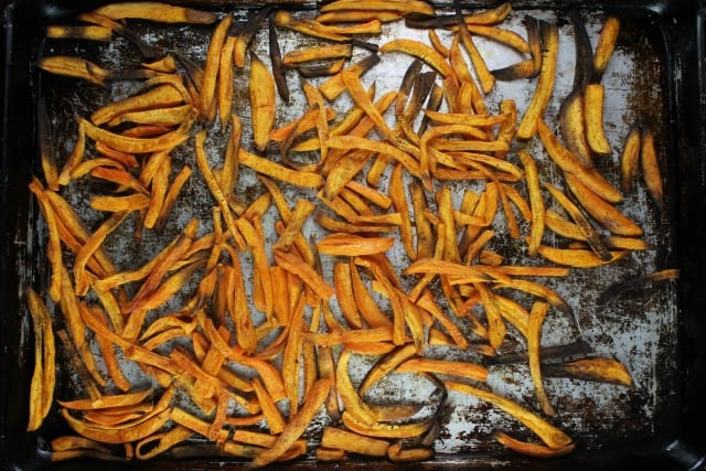 Sweet Potato Fries Recipe ~ MissintheKitchen.com #ad