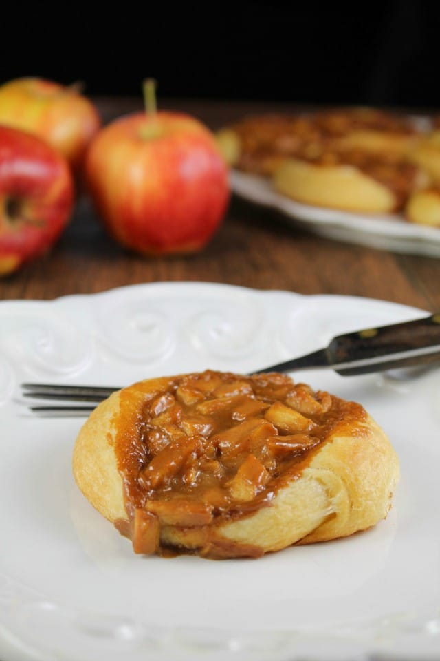 Caramel Apple Danish Recipe is the ultimate fall treat from MissintheKitchen.com Sponsored by Pillsbury