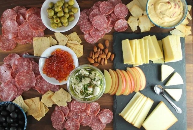 Charcuterie & Cheese Board ~ No Fuss Holiday Cocktail Party from MissintheKitchen.com #ad