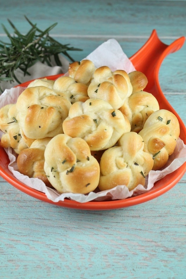 Quick Rosemary Garlic Knots are a delicious appetizer or the best addition to any dinner. Made with Red Star Yeast. Recipe from MissintheKitchen.com #ad