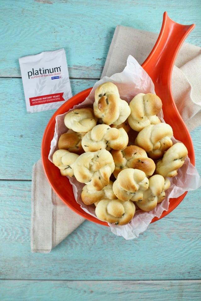 Quick Rosemary Garlic Knots Recipe with Red Star Yeast   MissintheKitchen.com #ad