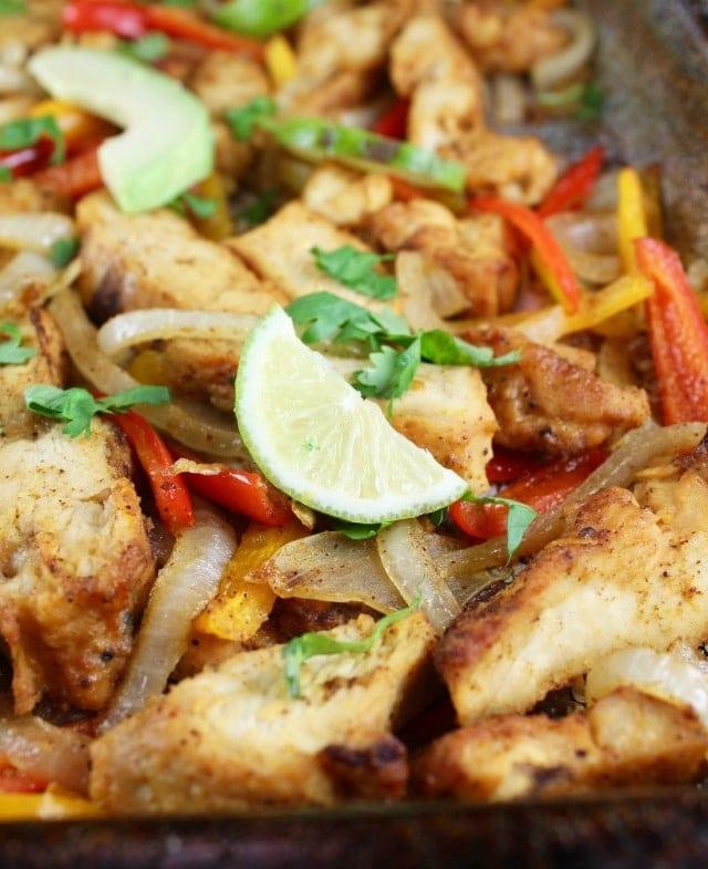 Easy dinner: Sheet Pan Chicken Fajitas Recipe ~ MissintheKitchen.com #GrilledandReady