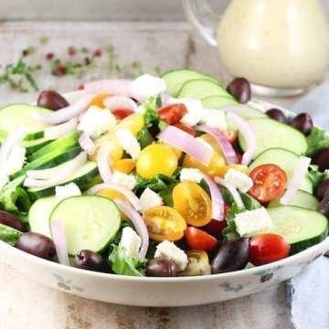 Greek Salad ~ MissintheKitchen.com
