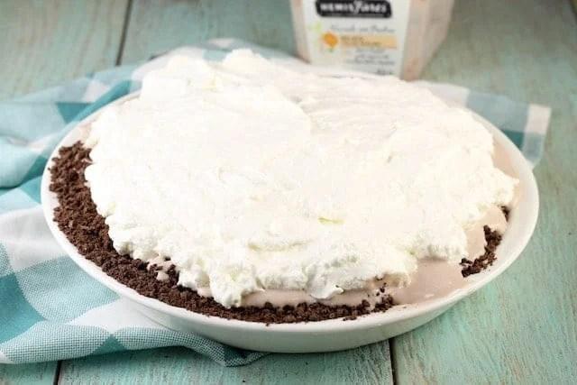Hazelnut Gelato Pie Recipe ~ MissintheKitchen.com