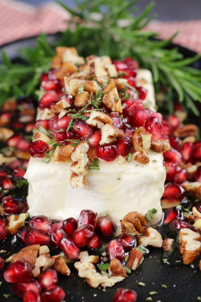 Pomegranate Pecan Party Appetizer ~ #Recipe from MissintheKitchen.com #pecan #pomegranate #holiday #creamcheese #partyappetizer