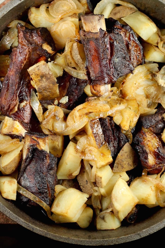 Campfire Recipe Dutch Oven Short Ribs with Potatoes and Onions