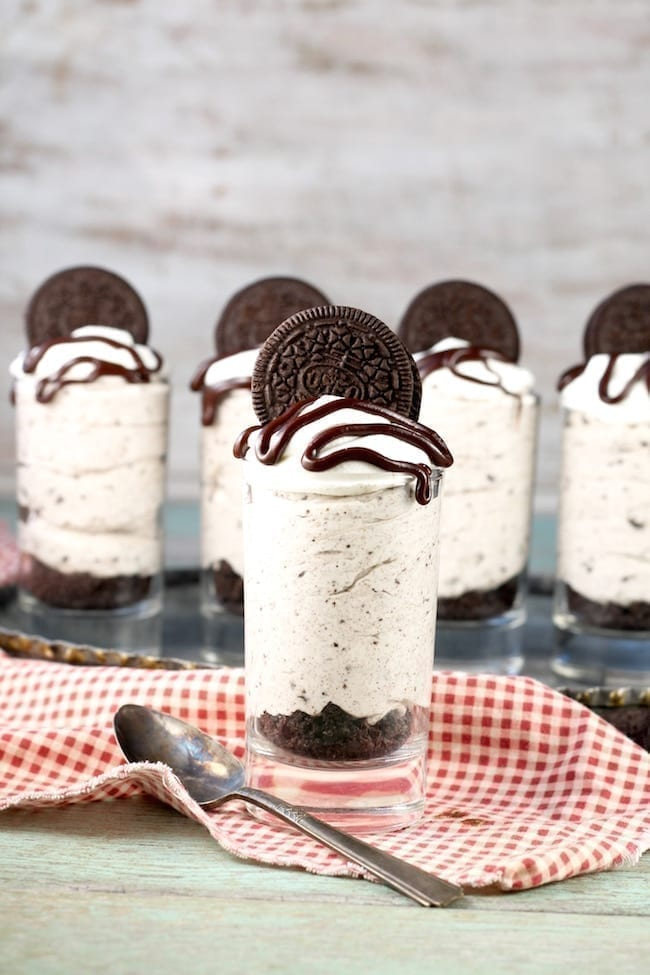 How to Make No Bake Oreo Cheesecake Dessert