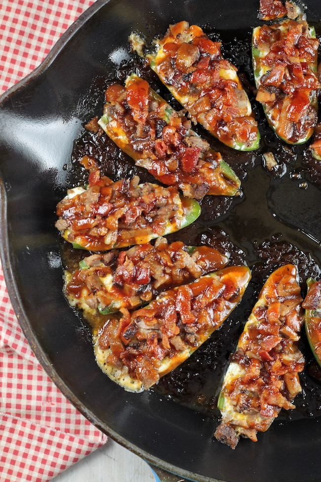 jalapeño poppers with brisket, bacon and barbecue sauce