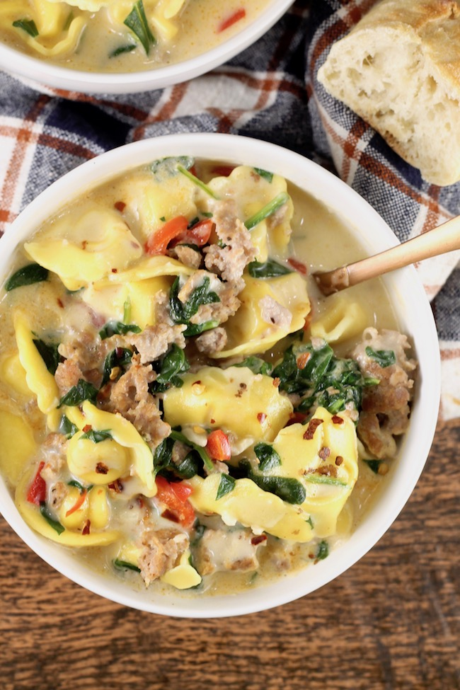 Easy Tortellini Soup with Spinach and Sausage