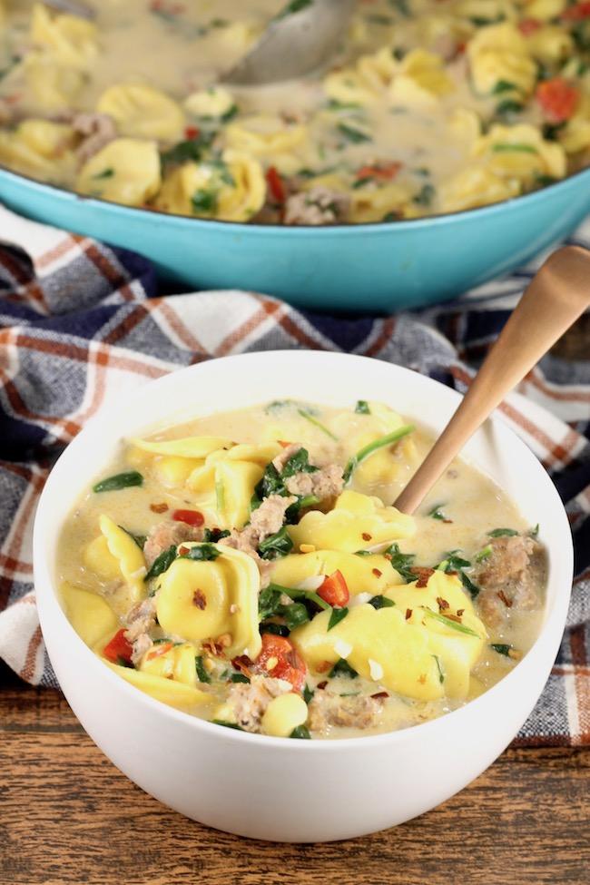 30 Minute Easy Tortellini Soup Recipe