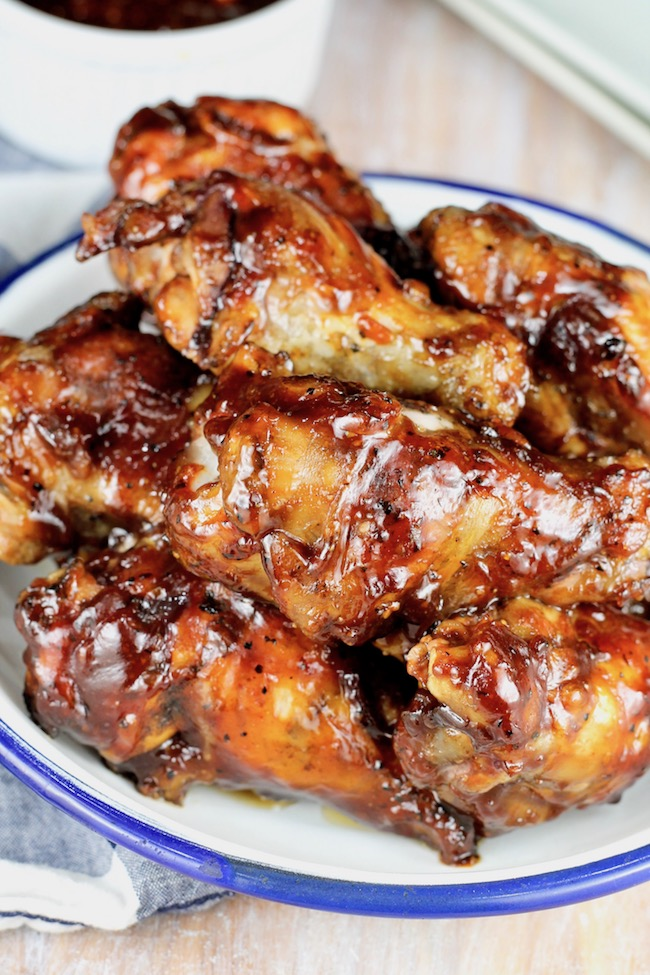 Barbecue Chicken Wings on the grill