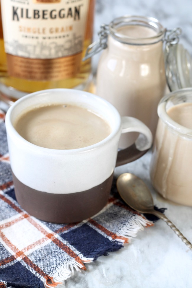 Homemade Bailey's Irish Cream with just 5 ingredients