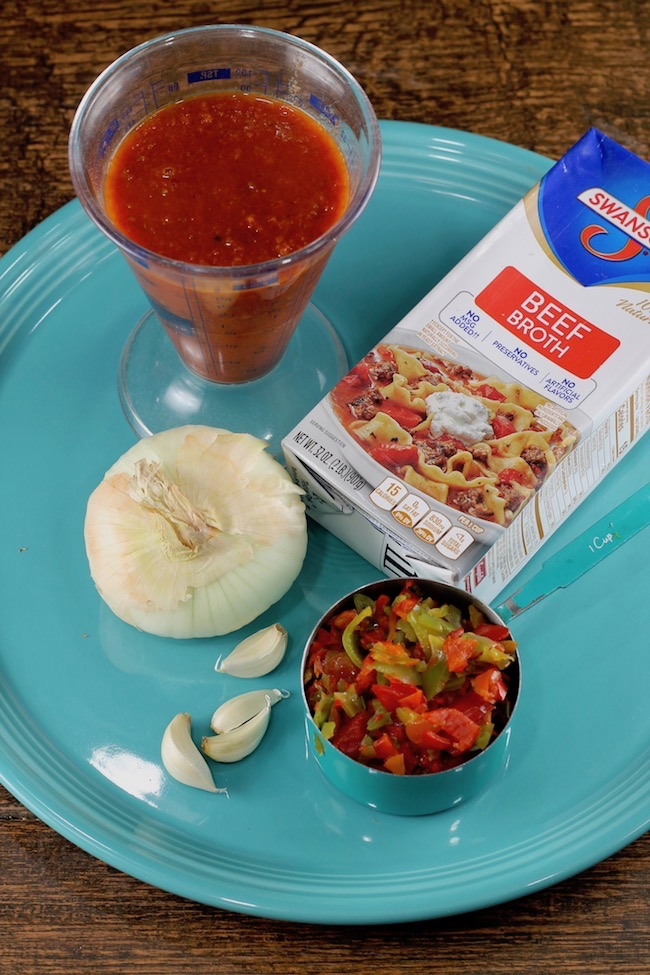 Ingredients for stuffed pepper soup recipe