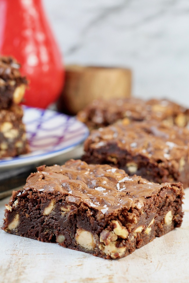 One Bowl Walnut Brownies