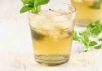 Mint Julep bourbon cocktail