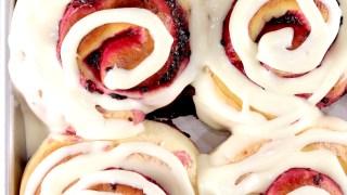 Blackberry Pie Sweet Rolls