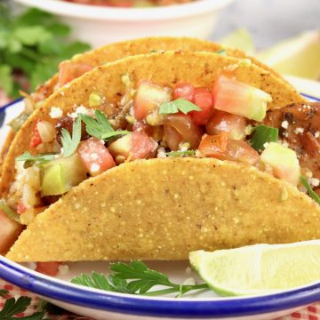 Crunchy Tacos filled with smoked fish and tomatoes