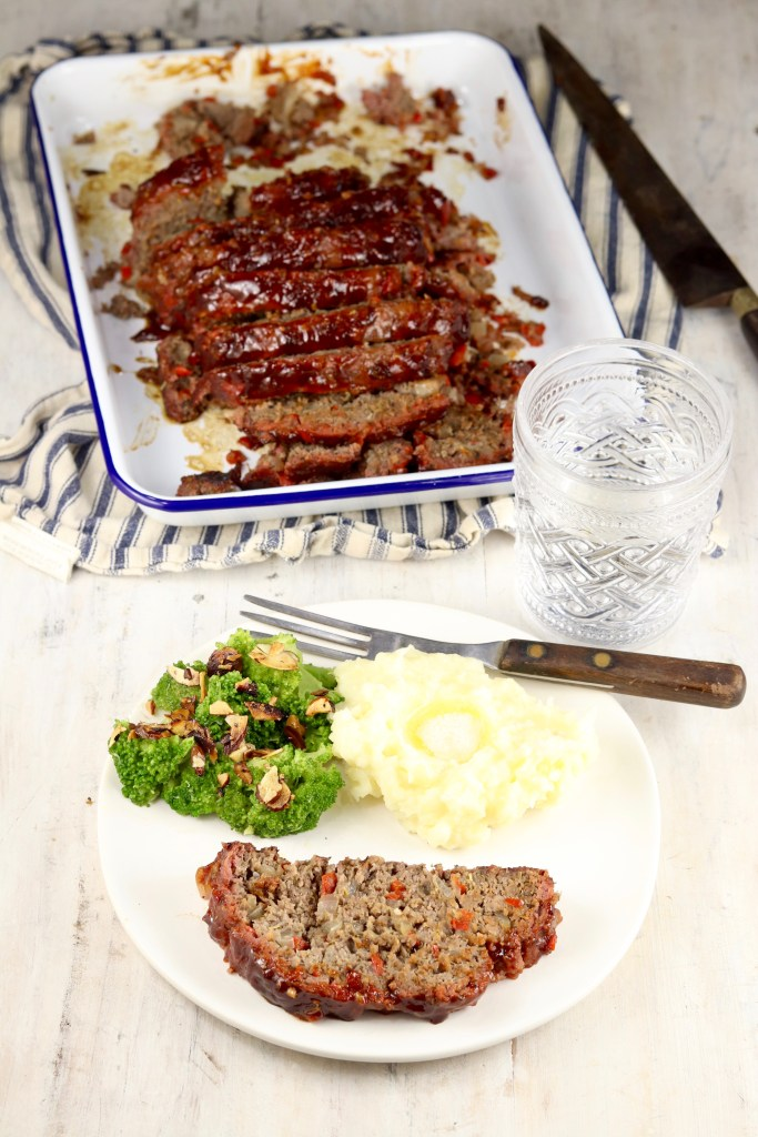 Meatloaf dinner with broccoli and mashed potatoes
