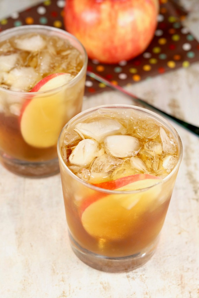 Apple cider and black spiced rum cocktails