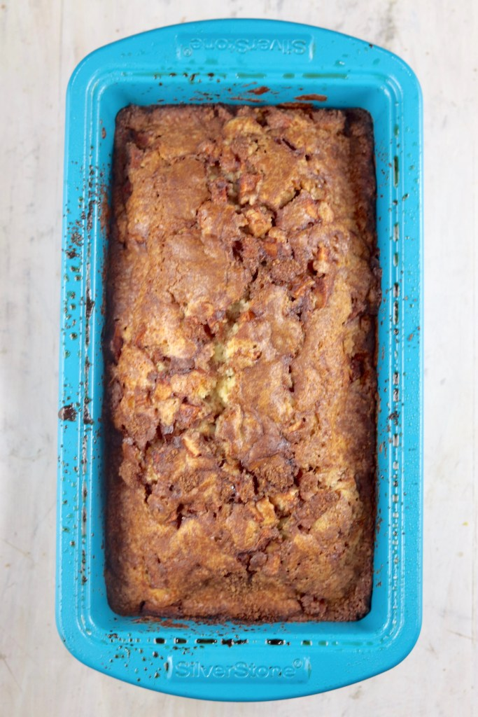 Baked apple fritter cake
