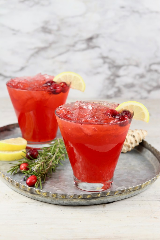 2 glasses with cranberry vodka