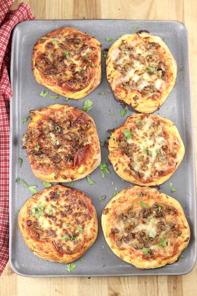 Platter of 6 mini pizzas