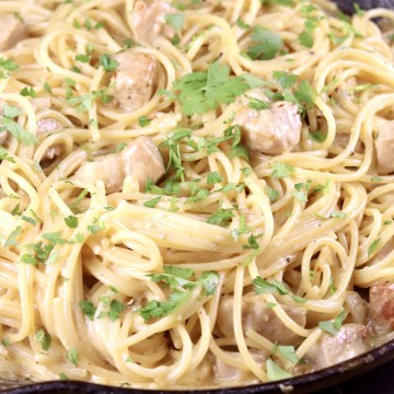 Creamy Lemon Garlic Spaghetti close up