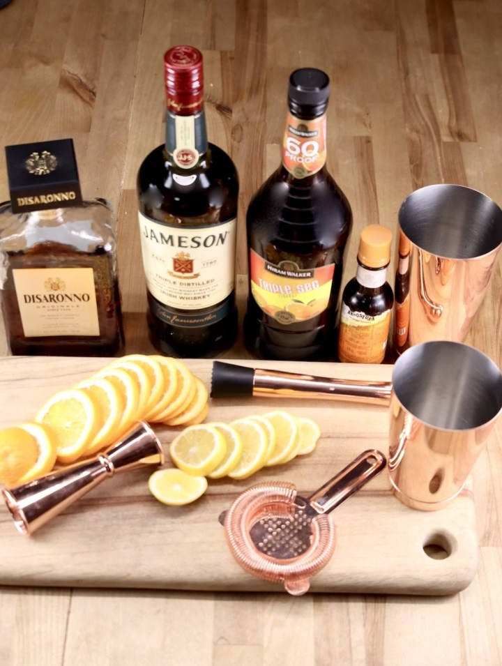 Ingredients for Amaretto Whiskey Sour