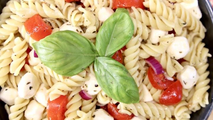 Tomato Mozzarella Pasta Salad