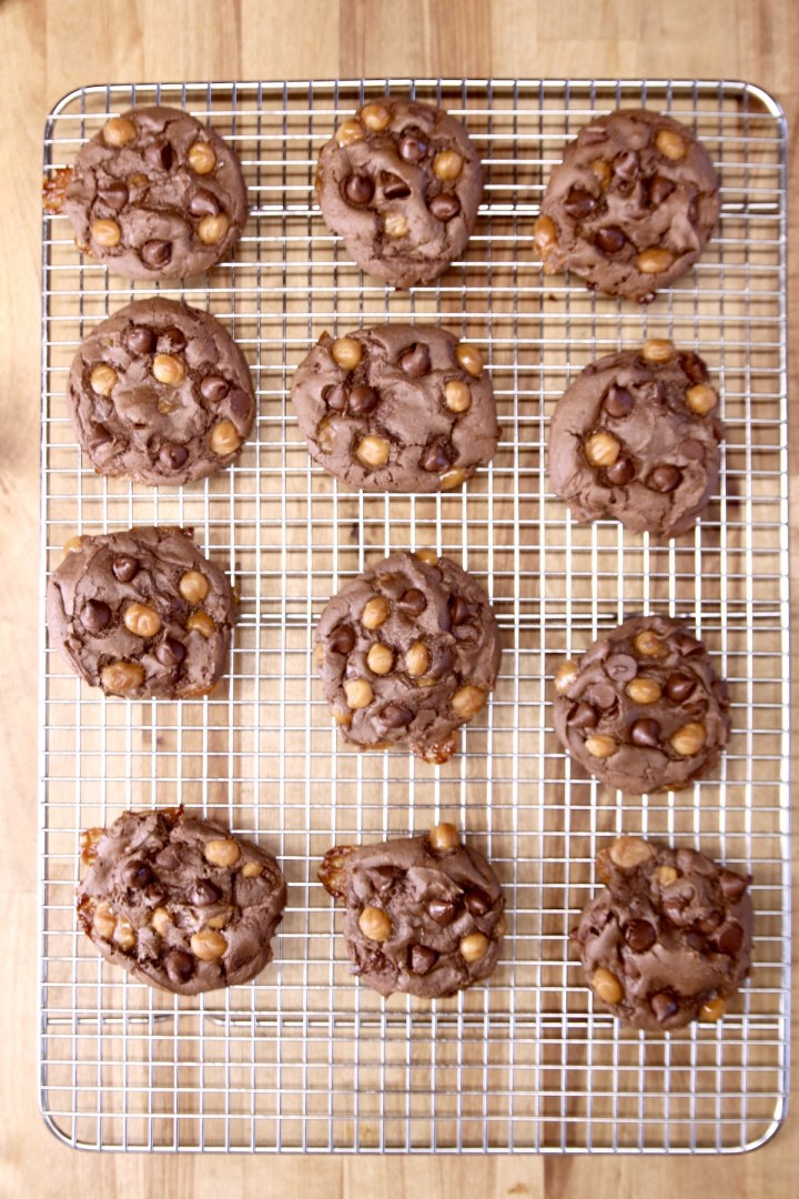 wire rack of chocolate cookies