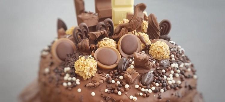 saftiger schokoladenkuchen,saftiger Schoggikuchen,rezept schokoladenkuchen,rezept schokokuchen,trockener schokoladenkuchen, Saftiger Schokoladenkuchen  backen, Mission Mom