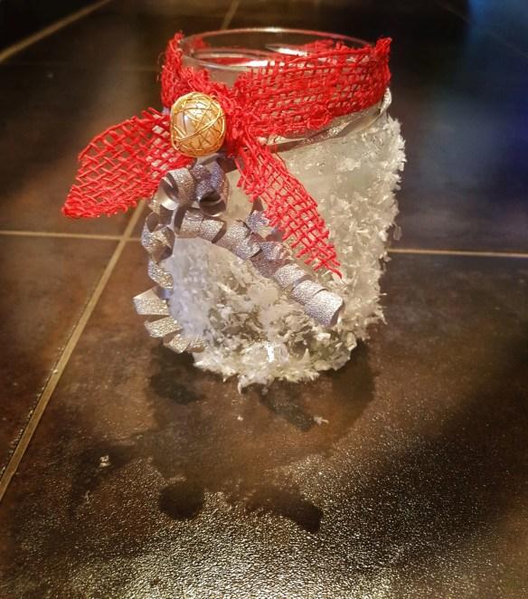 Weihnachtsdeko mit Kindern,DIY Geschenk mit Kindern basteln, Schnee Windlicht- DIY Geschenk mit  Kindern basteln, Mission Mom, Mission Mom
