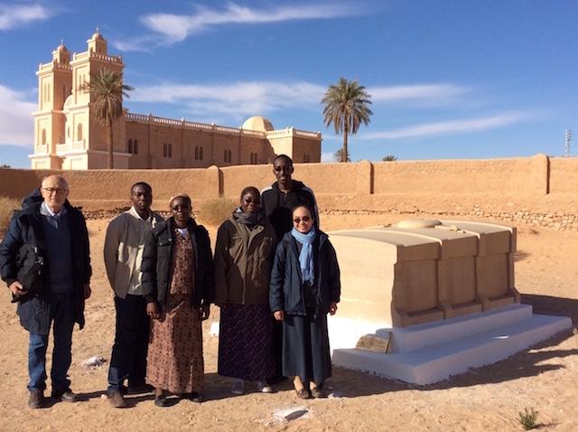 La comunità dei padri e delle suore della parrocchia di Uargla