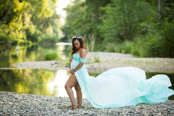 open belly maternity dress, chiffon maternity dress for photoshoot, Zoey Maternity Gown Photo Shoots, chiffon maternity gown, open belly chiffon gown, maternity gown for photography