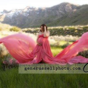 open belly maternity dress, Chiffon maternity gown, tossing train, sweetheart neckline, open belly chiffon gown