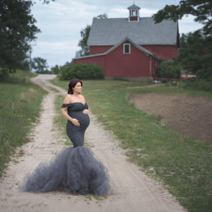 Tulle maternity gown photographyt