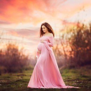 long flowy maternity dress, long sleeve maternity maxi dress, renaissance inspired maternity gown, chiffon renaissance inspired maternity gown, bridesmaid gown, maternity gown, dress, baby shower, photography, photoshoot