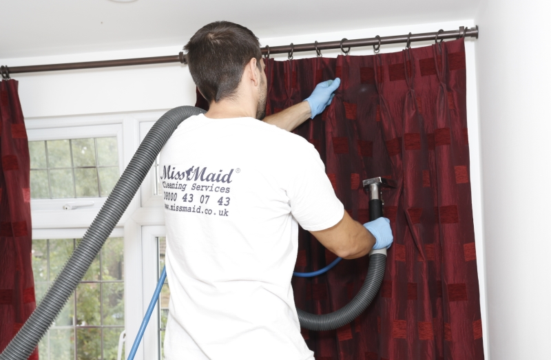 Curtains Steam Cleaning London  Upholstery Cleaning London  Professional Curtain Cleaning
