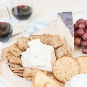 Put together a perfect cheese plate with Uncommon Goods.