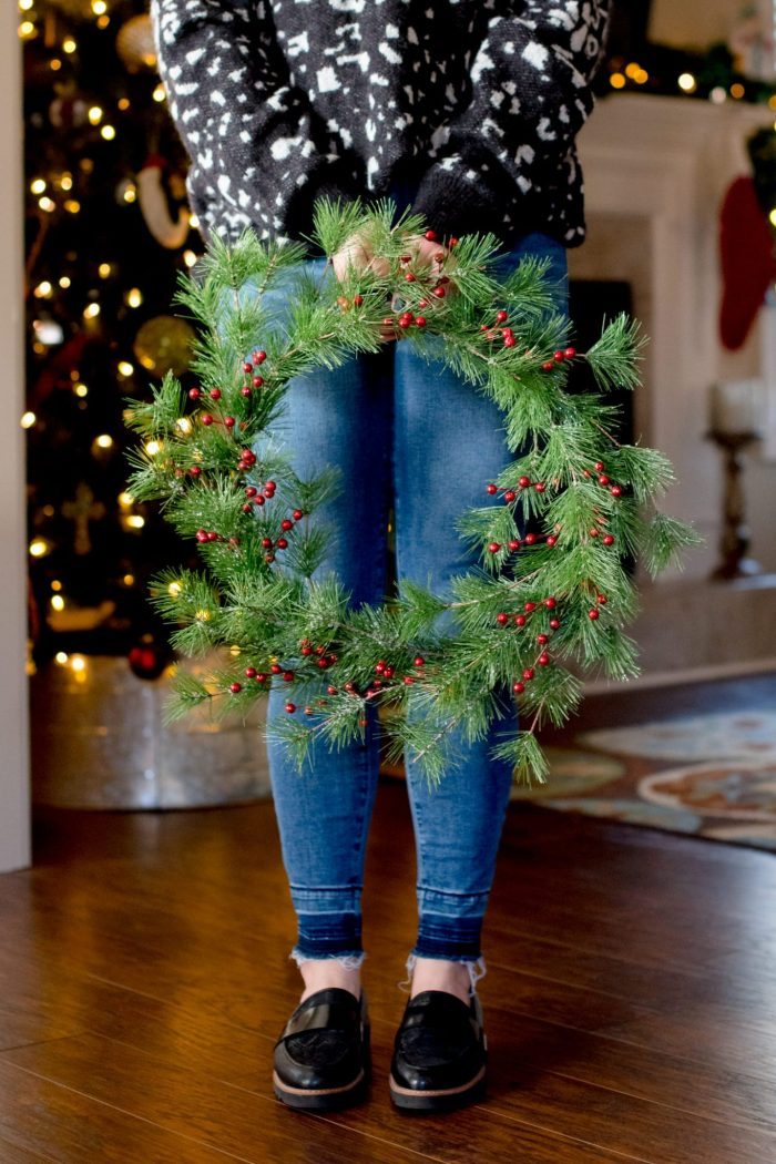 How to Make Your Own DIY Christmas Wreath