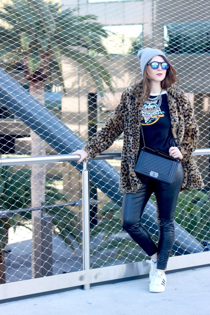 How to wear a leopard print coat