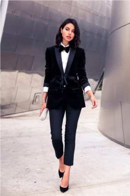 9. borrowed from boys outfit with classic pumps 200x300 - 9 Chic Night Out Outfits Ideas