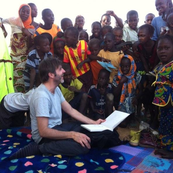 Pablo Roca en Mauritania colaborando con Comic on Tour
