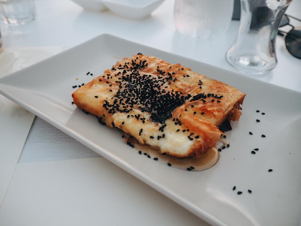 Sýr Saganaki na ostrově Naxos