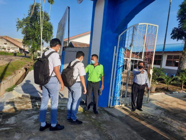 Pelaksanaan PTM Terbatas di SMAN 1 Dolok Batunanggar Berjalan Baik
