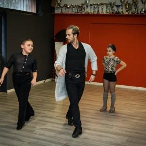 Riccardo Cocchi: il fuoriclasse delle danze latino americane torna ad insegnare alla Mister Mabo